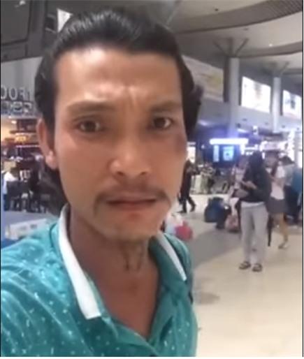 Mua vé máy bay hãng Jetstar nhưng không được bay, nam hành khách livestream tại sân bay đòi xin lỗi - Ảnh 2.