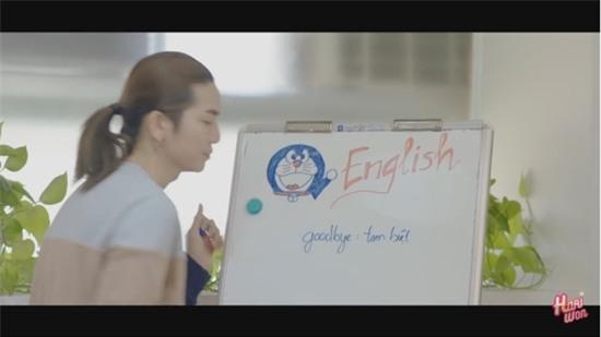 Hari Won bị khán giả quay lưng, ném chai lên sân khấu trong tập 4 của Thiên Ý-1