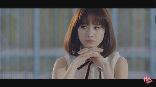 Hari Won bị khán giả quay lưng, ném chai lên sân khấu trong tập 4 của Thiên Ý-4