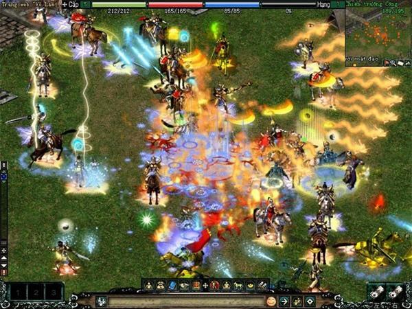 """Nhắc đến game trực tuyến thì không thể không nhắc đến """"Võ lâm truyền kỳ"""", một trong những game trực tuyến đầu tiên tại Việt Nam từng gây sốt trong cộng đồng game thủ, với những thương vụ mua bán các vật phẩm trong game lên đến hàng tỷ đồng."""