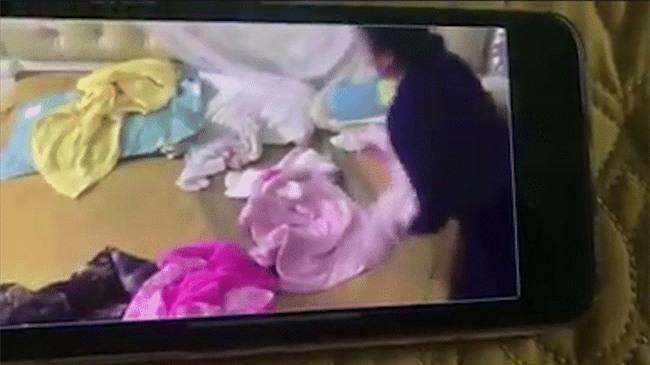 Clip: Kinh hoàng giúp việc đánh đập, tung hứng bé gái hơn 1 tháng tuổi - Ảnh 3.