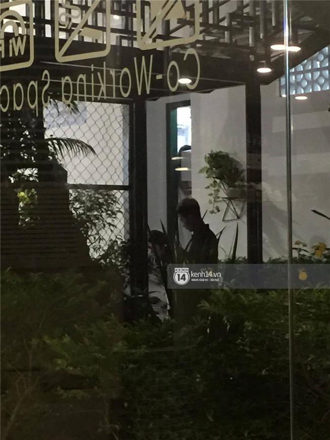 Cập nhật: Khởi My và Kelvin Khánh thay trang phục giản dị để tham gia tiệc cưới - Ảnh 20.