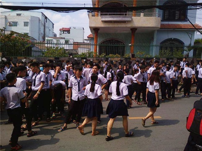 Cô hiệu trưởng viết tâm thư cảm ơn học sinh sau vụ cháy trường học ở Sài Gòn - Ảnh 3.