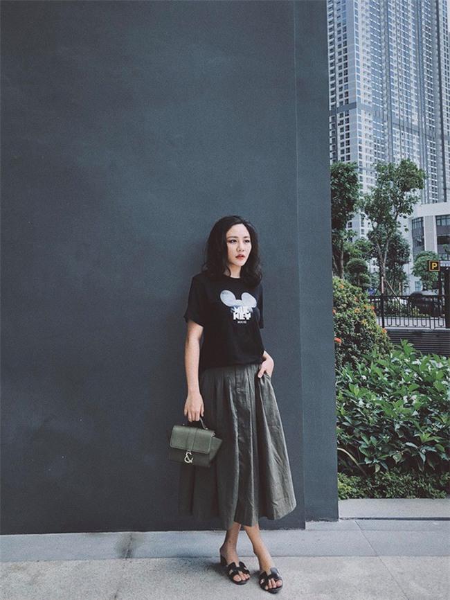 Street style sao Việt: Kỳ Duyên khoe chân dài bất tận, Angela Phương Trinh mặc váy xinh nhưng lại ngồi kém duyên - Ảnh 5.