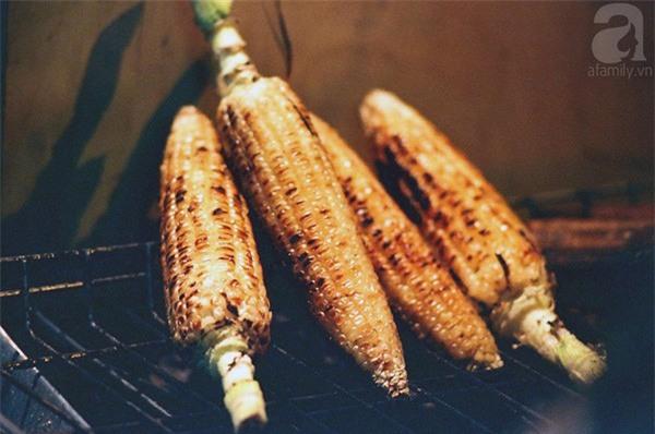 8 món ăn vặt nóng hôi hổi giúp bạn chống chọi với đợt rét đậm đầu tiên của mùa đông - Ảnh 15.