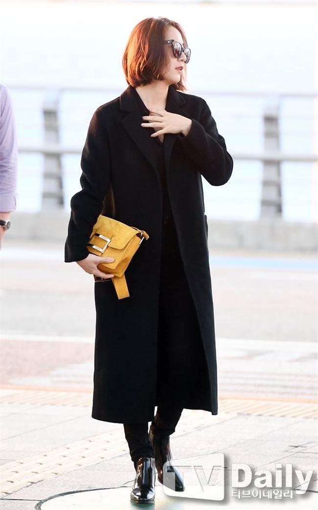Áo khoác dáng dài năm nào cũng hot, nhưng để mặc đẹp và thật hợp mốt thì phải học tập các idol Hàn này - Ảnh 10.