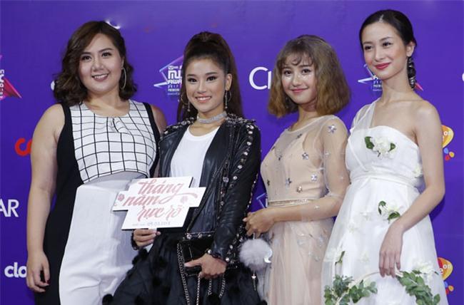 """angela phuong trinh cung dan sao """"khung"""" do bo mama 2017 hinh anh 8"""