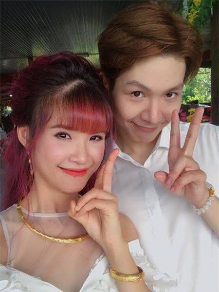 Những cặp đôi Việt có tướng phu thê như sinh ra để dành cho nhau - Ảnh 12.