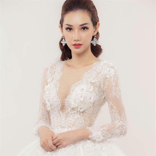 MC Quỳnh Chi thẳng thắn đáp trả khi bị nói: Ly dị nhưng suốt ngày làm đẹp, váy áo-1