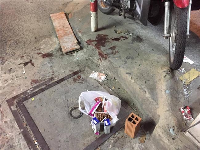 Đang đi mua bánh, bé trai 6 tuổi bị bảo vệ dân phố dùng dao sát hại giữa đường Sài Gòn - Ảnh 1.