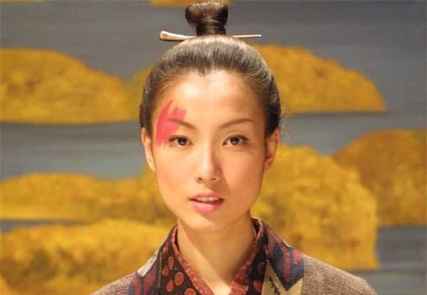 Số phận 5 người phụ nữ xấu xí nhất Trung Hoa: Kẻ bị ví như Dạ Xoa, người được làm Hoàng hậu - Ảnh 2.