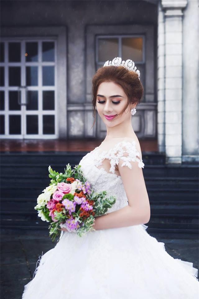 Sau nhiều lần thay đổi, Lâm Khánh Chi tiết lộ ngày 28/12 cô chính thức là hoa có chủ-2