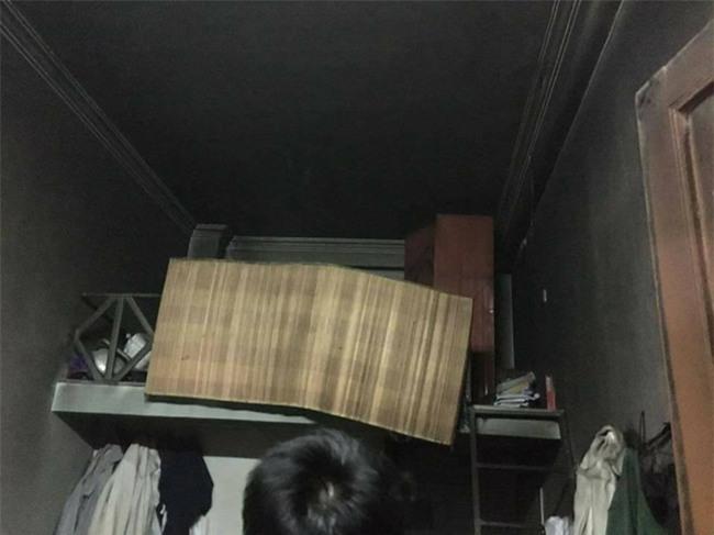 Nhóm nam sinh bị cháy phòng trọ do chập điện khiến dân mạng vừa thương vừa hoang mang - Ảnh 5.