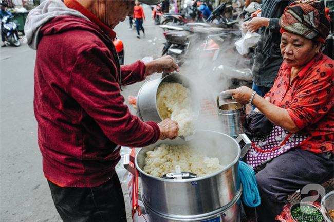 4 món ăn ngon nức tiếng từ củ sắn, chỉ 10 ngàn đồng là dư sức xua đi giá lạnh mùa đông - Ảnh 1.