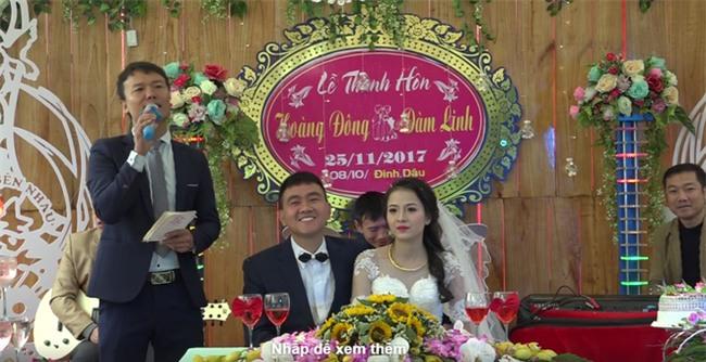 Cặp đôi được tặng nhiều vàng trong ngày cưới đến nỗi đủ mở cả tiệm trang sức - Ảnh 1.