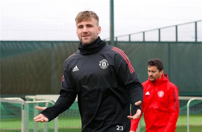 MU,Luke Shaw,Mourinho