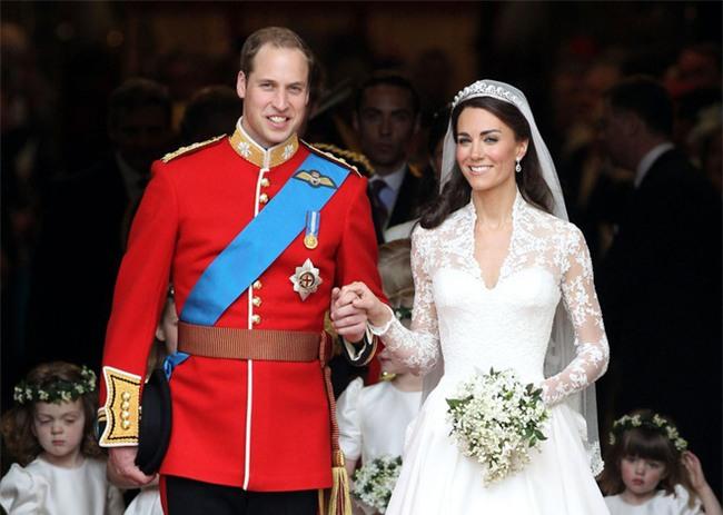 Đọ nhan sắc, thân thế của hai nàng dâu thường dân nổi tiếng của Hoàng gia Anh - Ảnh 15.