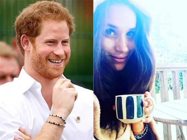 """Điểm lại những khoảnh khắc """"lịch sử"""" của mối tình cổ tích giữa hoàng tử Harry và hôn thê Meghan Markle - Ảnh 3."""