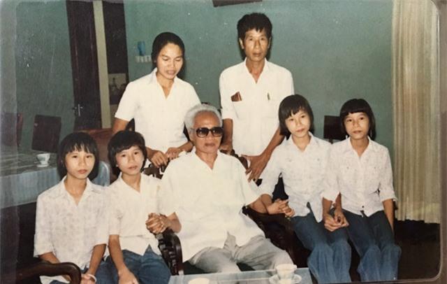 chuyen chua ke ve ca sinh 4 chan dong duoc co thu tuong dat ten bac, nam, thong, nhat - 3