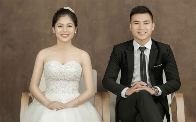 Bất ngờ trước danh tính của cô dâu đã xinh hết phần người khác lại còn hát hay như ca sĩ - Ảnh 2.