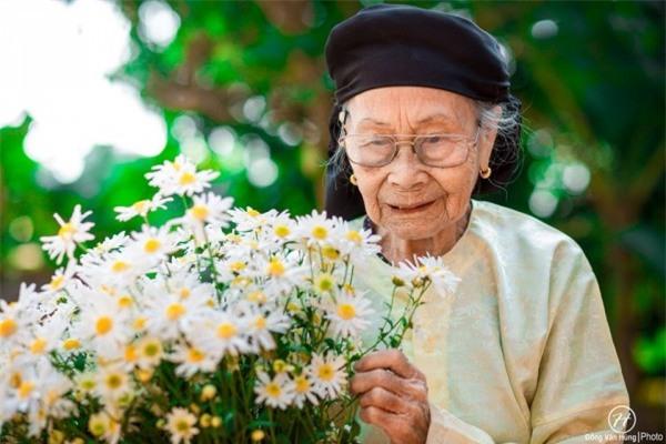 Bộ ảnh cúc họa mi 'phiên bản' bà ngoại khiến người ta phải mỉm cười ngay lập tức! - Ảnh 11.