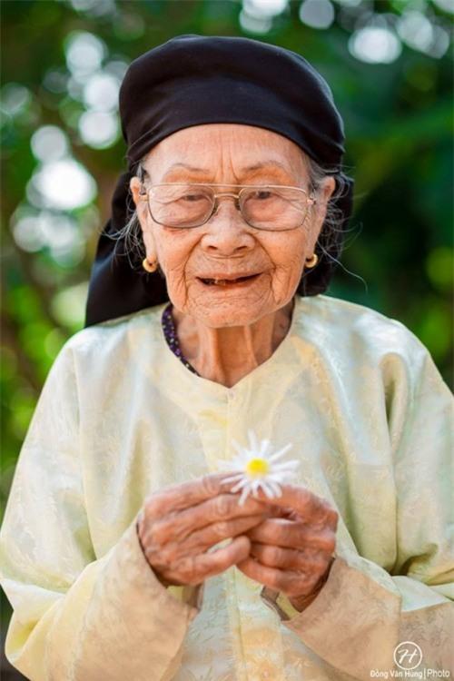 Bộ ảnh cúc họa mi 'phiên bản' bà ngoại khiến người ta phải mỉm cười ngay lập tức! - Ảnh 12.
