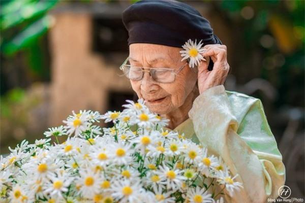 Bộ ảnh cúc họa mi 'phiên bản' bà ngoại khiến người ta phải mỉm cười ngay lập tức! - Ảnh 13.