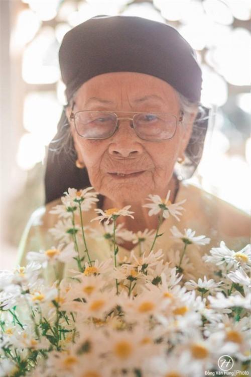 Bộ ảnh cúc họa mi 'phiên bản' bà ngoại khiến người ta phải mỉm cười ngay lập tức! - Ảnh 7.