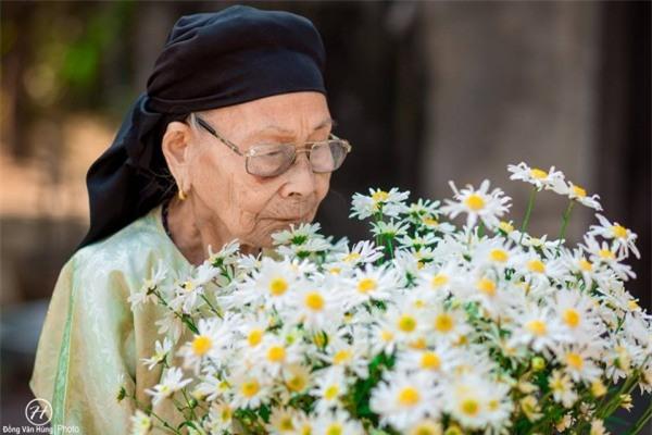 Bộ ảnh cúc họa mi 'phiên bản' bà ngoại khiến người ta phải mỉm cười ngay lập tức! - Ảnh 8.