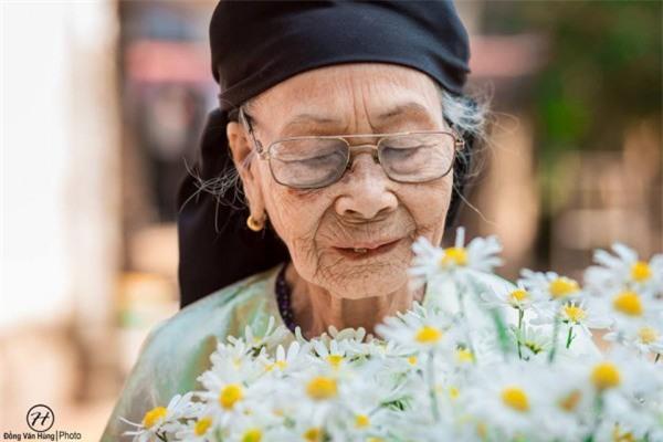 Bộ ảnh cúc họa mi 'phiên bản' bà ngoại khiến người ta phải mỉm cười ngay lập tức! - Ảnh 9.