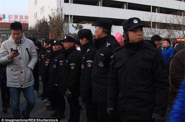Trung Quốc: Rúng động vụ trẻ em mầm non bị ép uống thuốc lạ, ngược đãi và lạm dụng tình dục-1