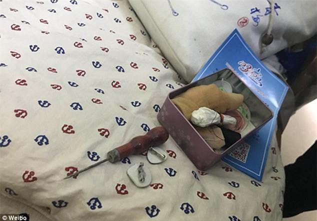 Trung Quốc: Rúng động vụ trẻ em mầm non bị ép uống thuốc lạ, ngược đãi và lạm dụng tình dục-8