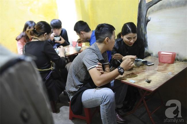Bánh trôi tàu nhà bác Phạm Bằng mở lại: Đúng vị xưa và đã giảm ngọt hơn trước - Ảnh 4.