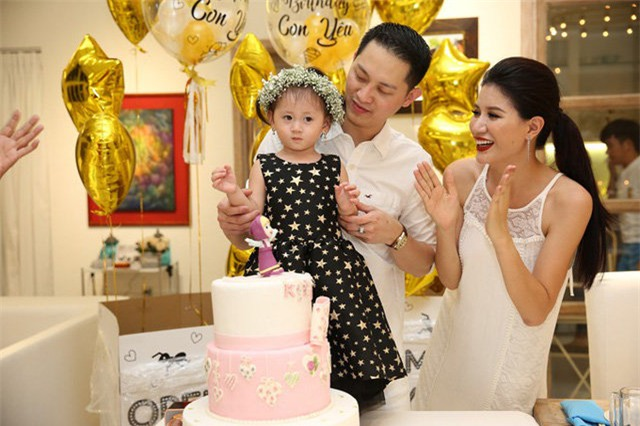 Những sự thật ít biết về ông xã vừa lộ diện của người mẫu Trang Trần