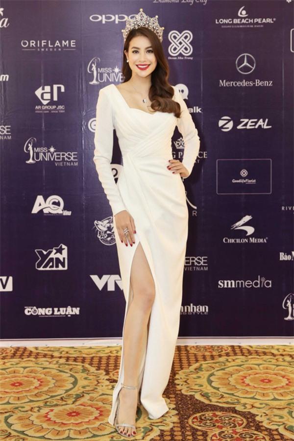 Phạm Hương và 3 phong cách hoàn toàn khác nhau từ The Face, Hoa hậu hoàn vũ 2017 đến The Look - Ảnh 11.