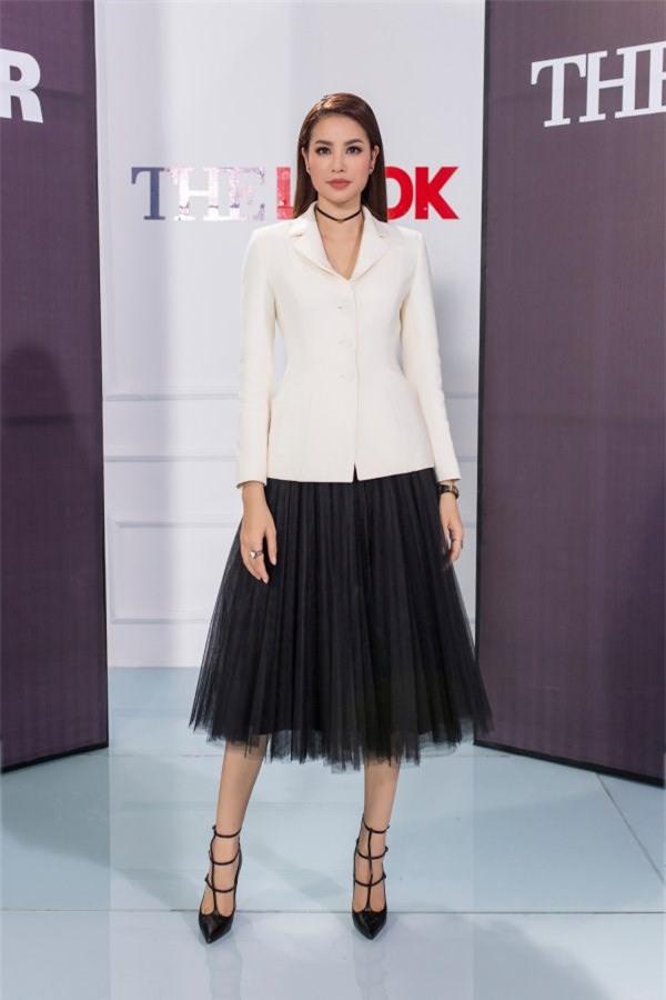 Phạm Hương và 3 phong cách hoàn toàn khác nhau từ The Face, Hoa hậu hoàn vũ 2017 đến The Look - Ảnh 15.