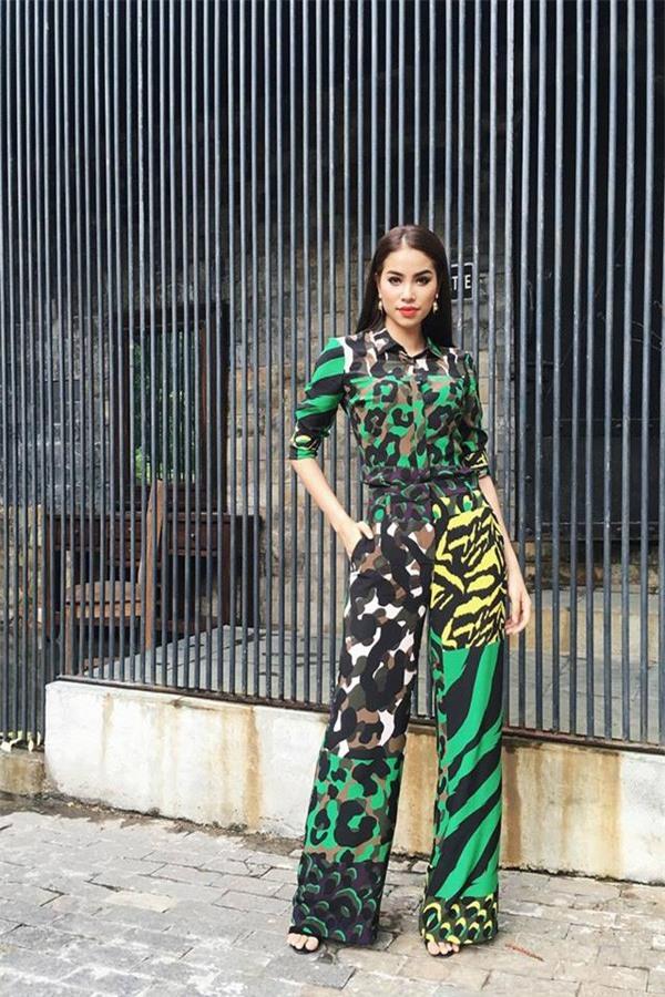 Phạm Hương và 3 phong cách hoàn toàn khác nhau từ The Face, Hoa hậu hoàn vũ 2017 đến The Look - Ảnh 7.