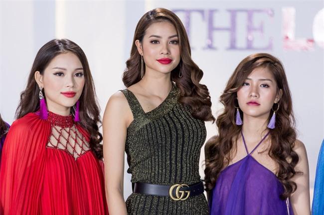 Phạm Hương và 3 phong cách hoàn toàn khác nhau từ The Face, Hoa hậu hoàn vũ 2017 đến The Look - Ảnh 19.