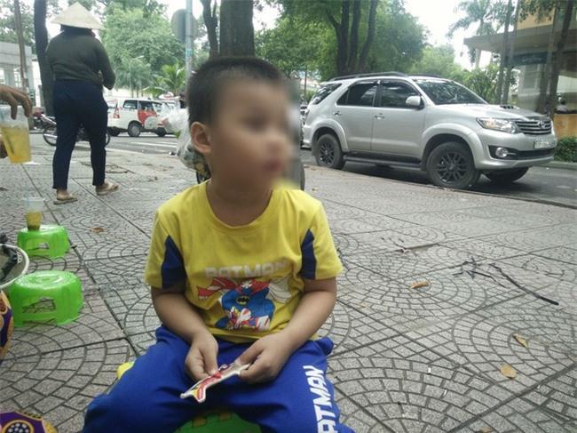 Mẹ của bé trai 5 tuổi bị bảo mẫu bạo hành ở Mầm Xanh: Cháu bị ám ảnh, liên tục khóc thét về đêm - Ảnh 2.
