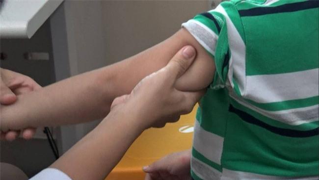 Mẹ của bé trai 5 tuổi bị bảo mẫu bạo hành ở Mầm Xanh: Cháu bị ám ảnh, liên tục khóc thét về đêm - Ảnh 6.
