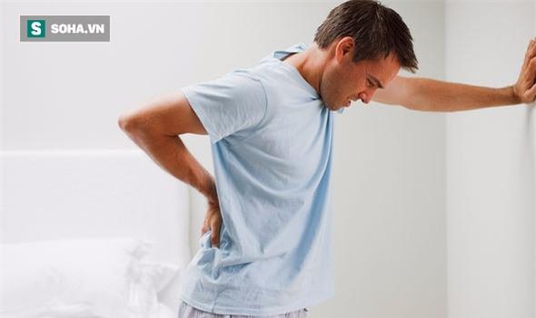 10 dấu hiệu cảnh báo ung thư ở nam giới thường bỏ qua - Ảnh 2.