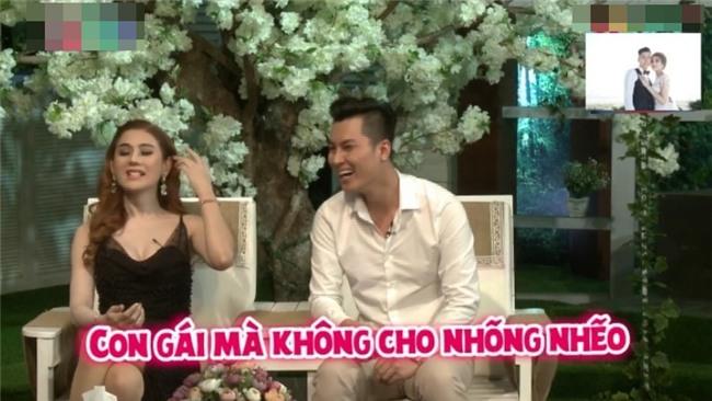 6 tháng sống chung, Lâm Khánh Chi vẫn rơi nước mắt khi ông xã quỳ gối cầu hôn-2