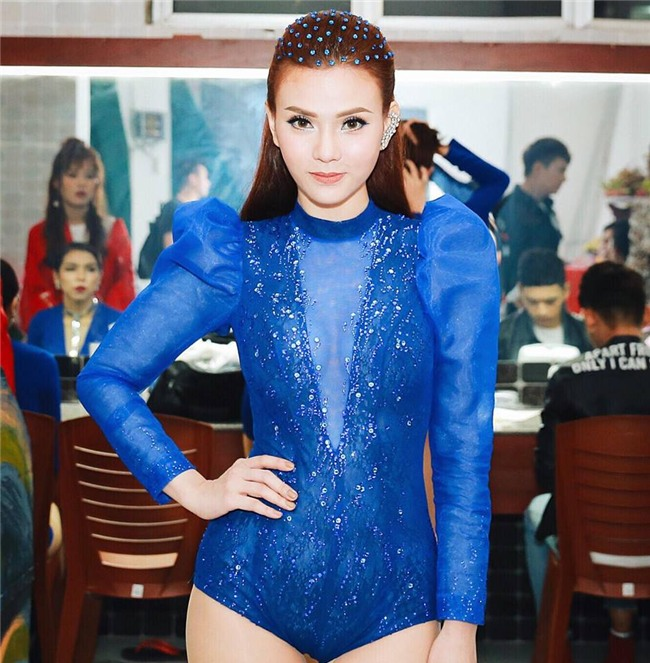Sau ly hôn, Thu Thủy lên đời phong cách sexy vạn người mê-1