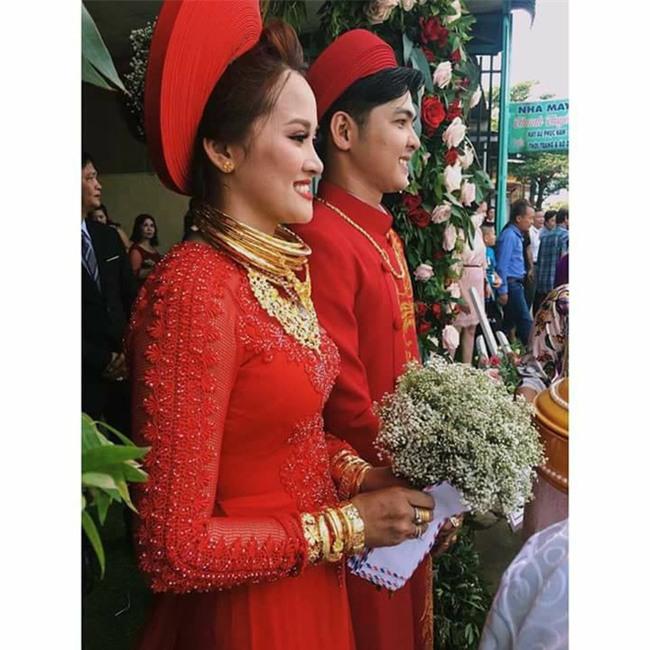 Cô dâu trong đám cưới tặng vàng 1 tỷ đồng tiết lộ chuyện tình 2 năm qua mai mối - Ảnh 2.