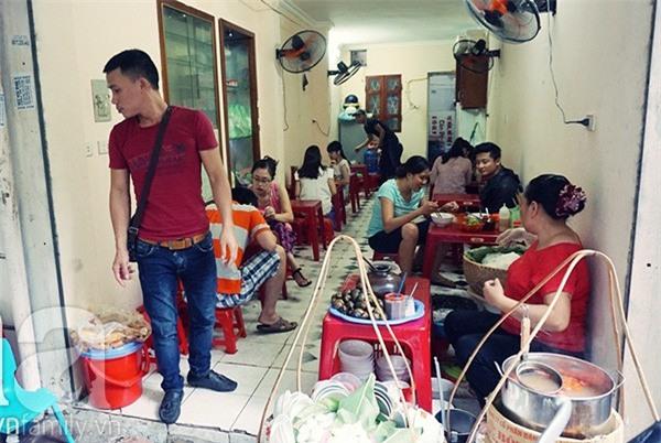 5 quán ăn nổi tiếng Hà Nội bỗng nhiên đóng cửa: Quán bặt tăm không dấu vết, quán hồi sinh trong sự chào đón của thực khách - Ảnh 21.