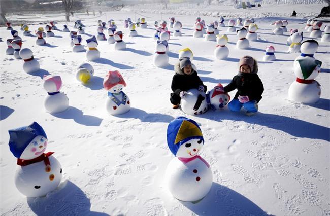 Ngất ngây với những hình ảnh tuyết rơi đẹp lung linh trên khắp thế giới - Ảnh 2.