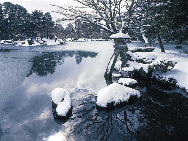 Ngất ngây với những hình ảnh tuyết rơi đẹp lung linh trên khắp thế giới - Ảnh 6.