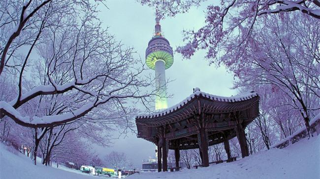 Ngất ngây với những hình ảnh tuyết rơi đẹp lung linh trên khắp thế giới - Ảnh 7.