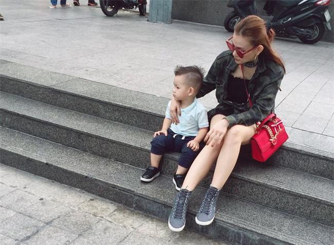 Thu Thủy chia sẻ hậu livestream tiết lộ chuyện ly hôn: Chỉ mong hai mẹ con không bị dồn đến đường cùng - Ảnh 2.