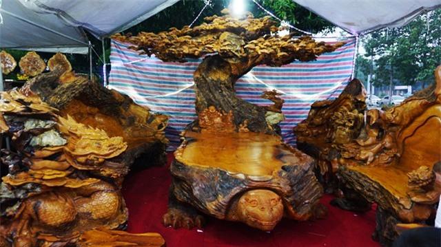 gỗ quý,bàn ghế đại gia,bàn ghế quý